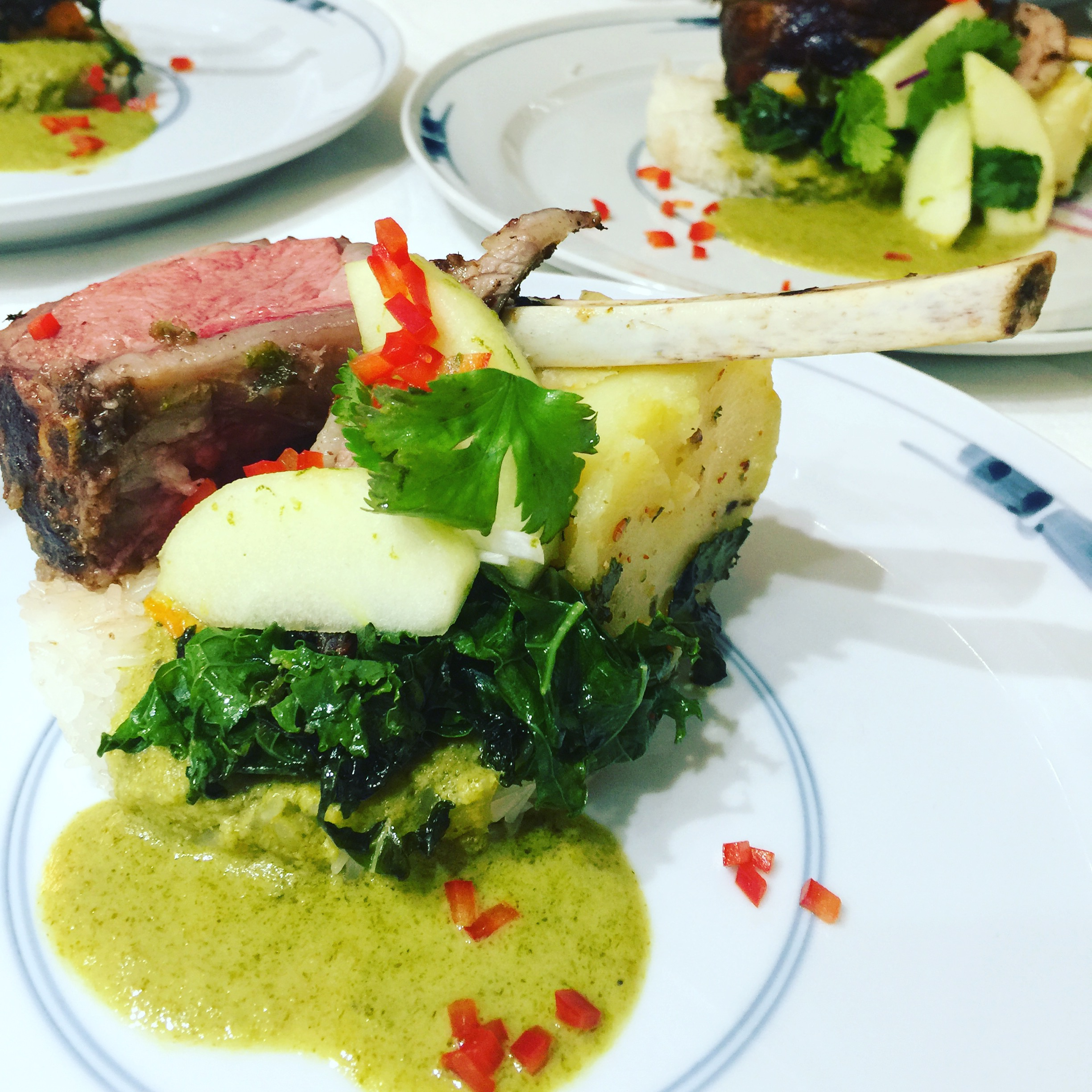 RACK OF LAMB WITH GREEN CURRY SAUCE